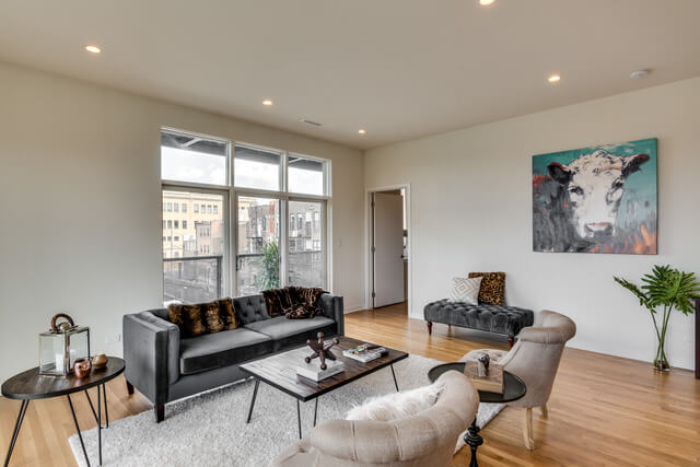 1250-N-Paulina-Chicago-Apartments-for-Rent-Living-Room.jpg