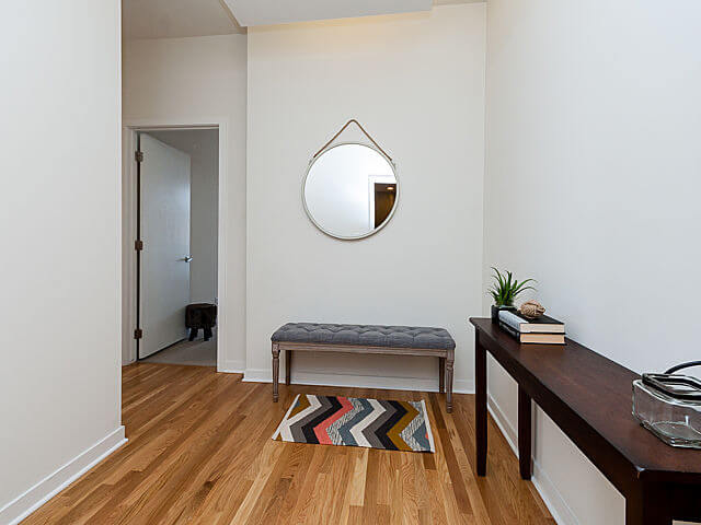 1250-N-Paulina-Chicago-Apartments-for-Rent-Entrance.jpg