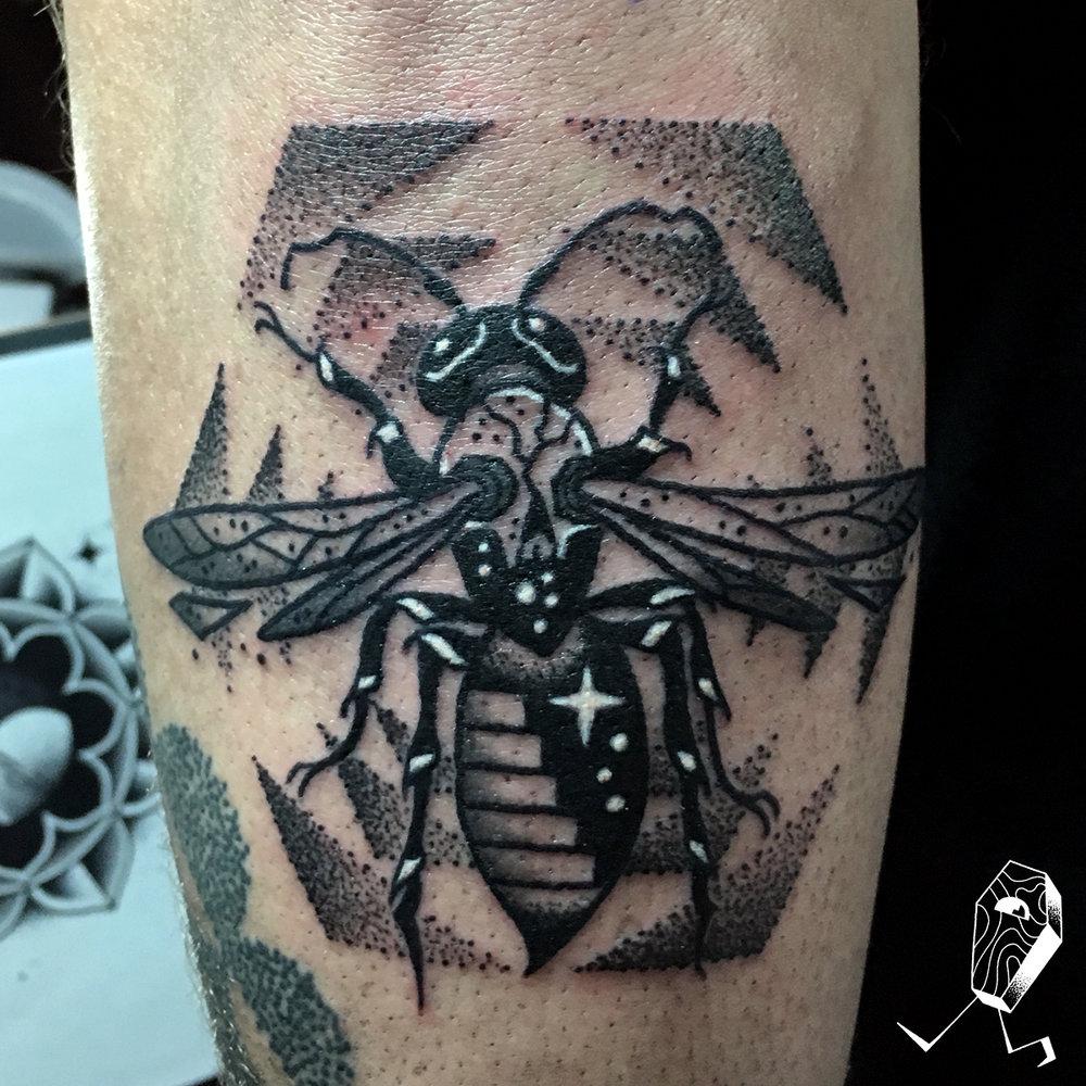 colby-stairway-wasp-dotwork-tattoo-dedleg.jpg