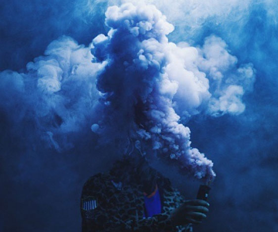 colored-smoke-grenades-blue.jpg