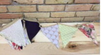 PATTERNED BUNTING  QUANTITY: 13 FT RENT: $10