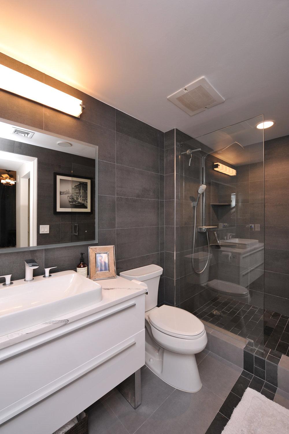 sheffield_construction_broward_gallery_bathroom6.jpg