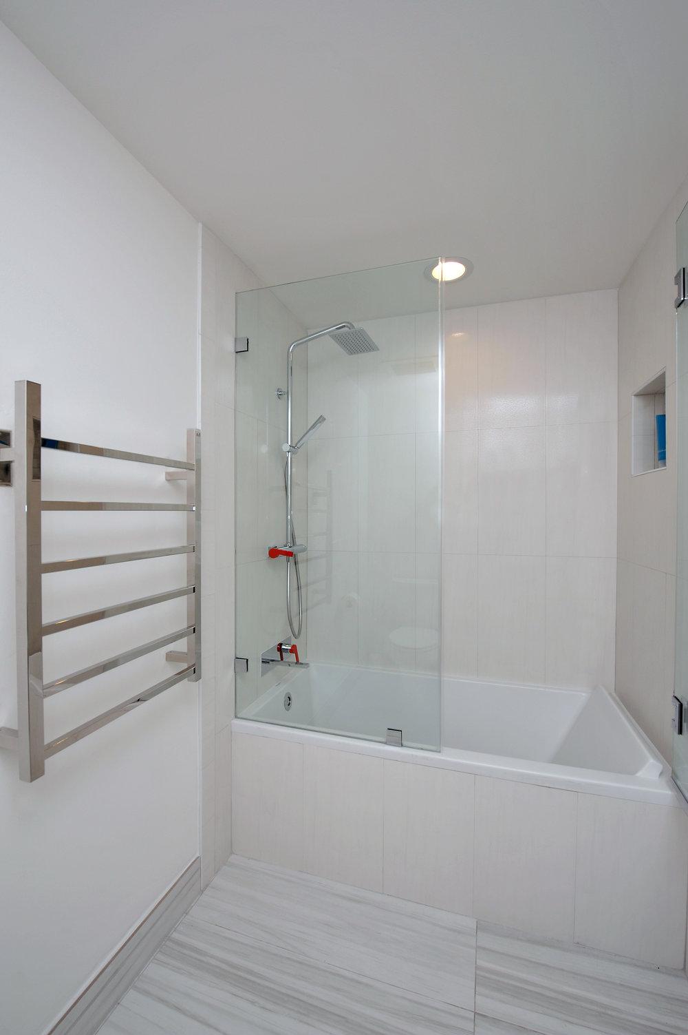 sheffield_construction_shower5.jpg