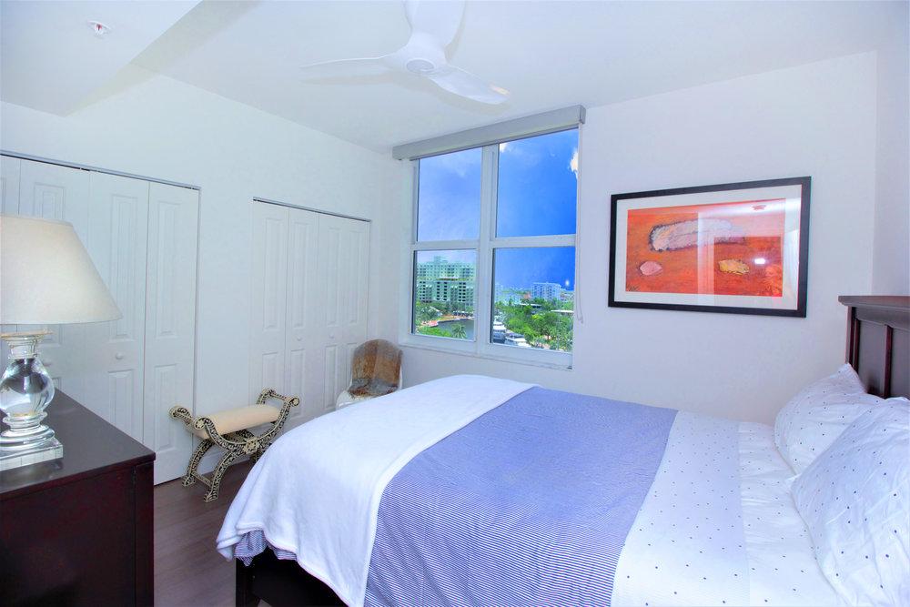 sheffield_construction_bedroom3_condo01.jpg
