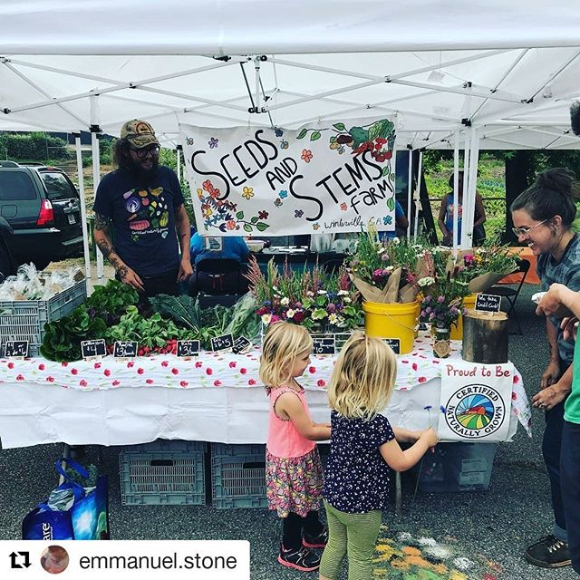 We had such a wonderful time at the market today! Hope to see you all next week!! . . . #westbroadfarmersmarket #locallygrown #certifiednaturallygrown #flowerfarm #smallscalefarming