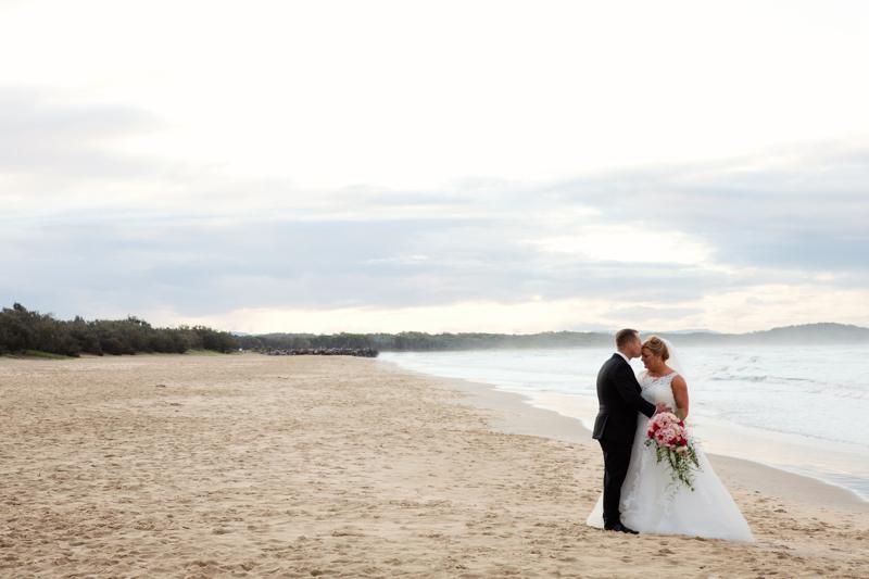Wedding-Photographer-Noosa-Roz-Troy 600