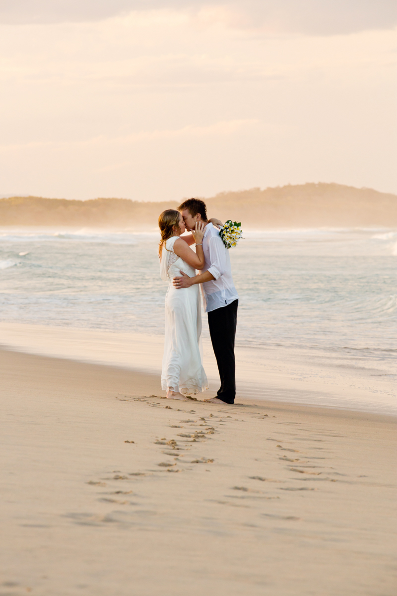 Noosa_Wedding_Photographer_Erin_Brad-316.jpg