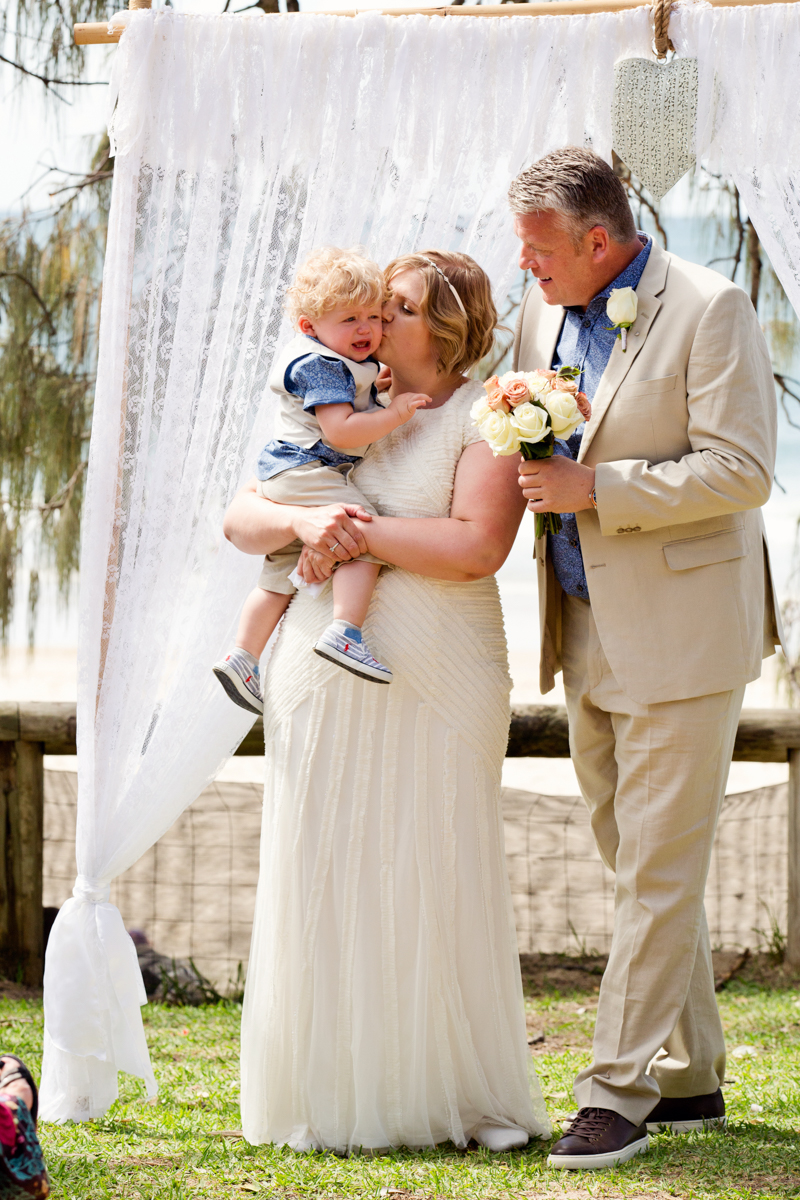 Noosa_Wedding_Photographer_Caroline_Warren-76.jpg