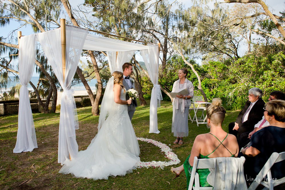 Noosa-Elopement-Packages-Lindy-photography-2