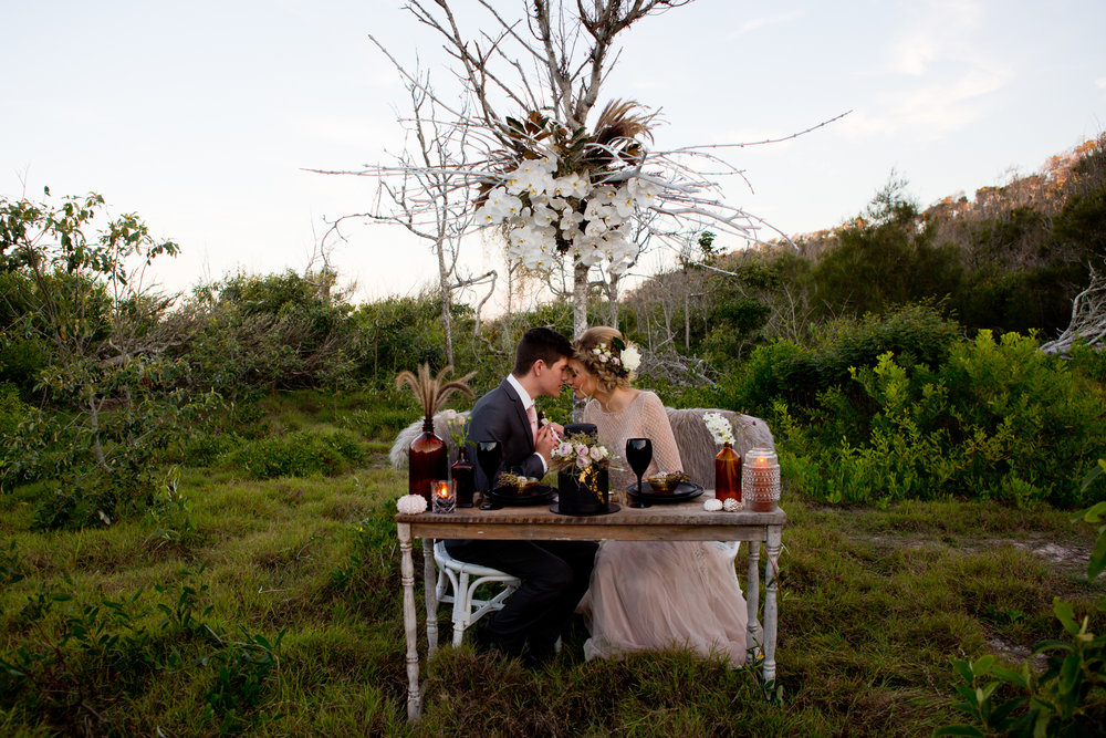 Noosa-elopement-wedding-ceremony-decorating 4
