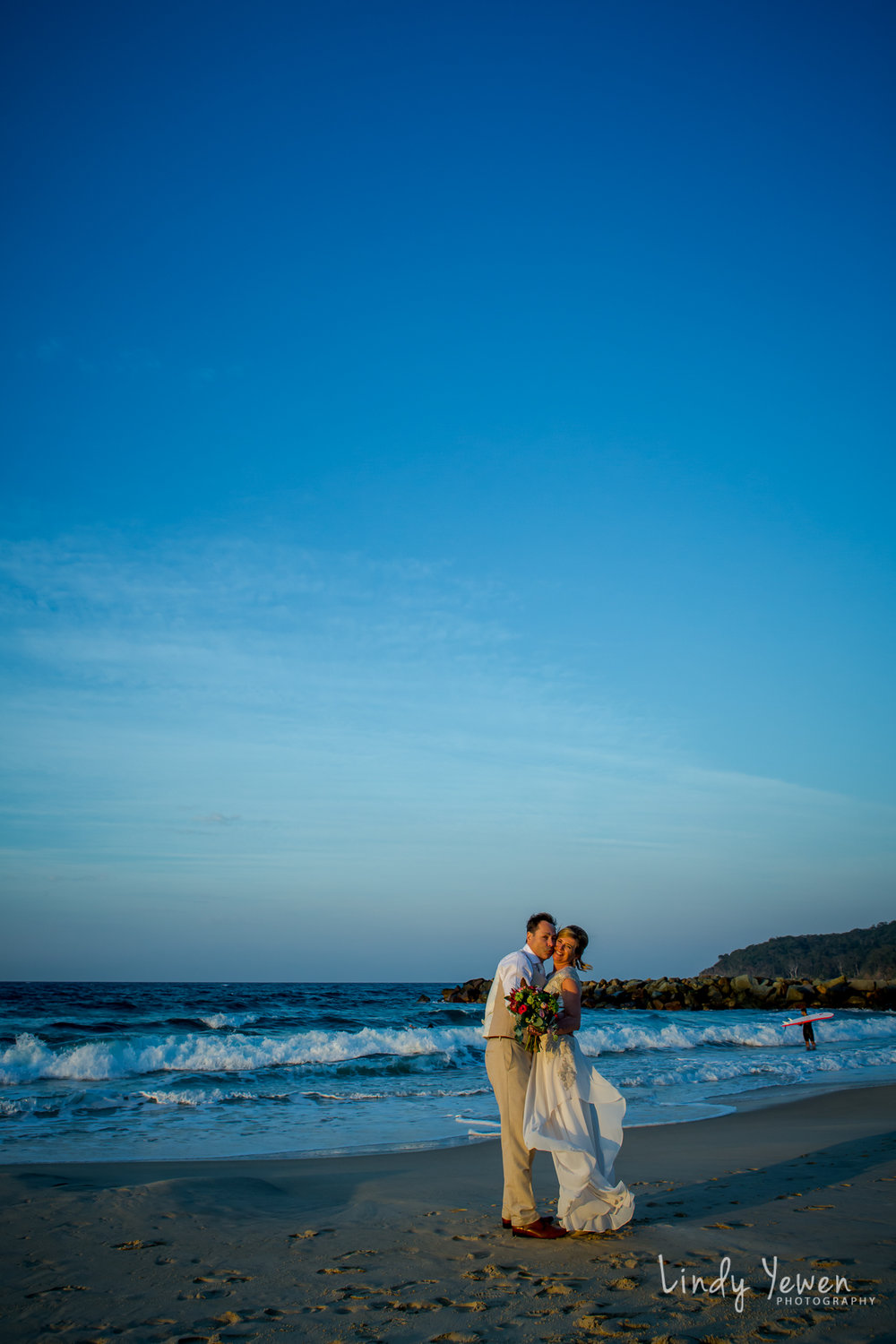Noosa-Wedding-Photographer-Lindy-Yewen 38.jpg