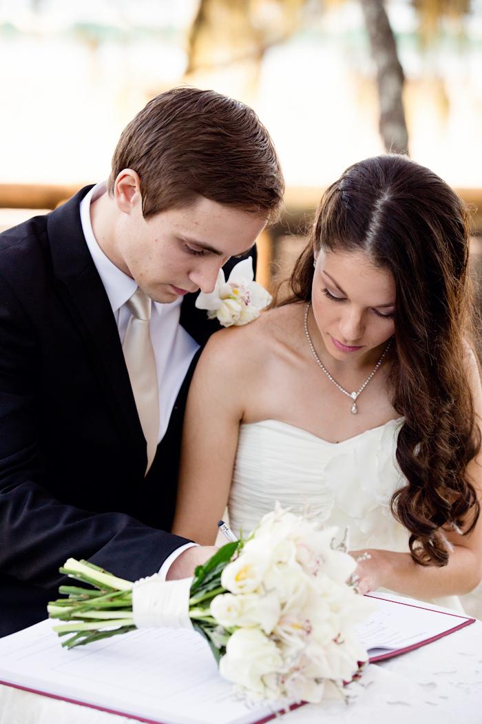 Noosa-Wedding-Kaley-Richard-73.jpg