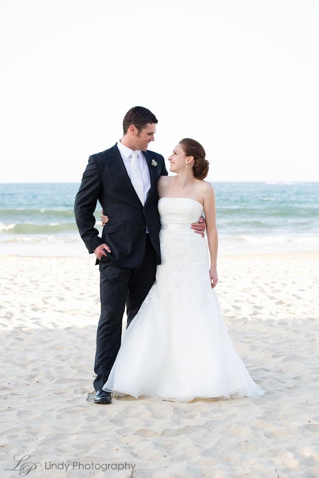 Noosa-Wedding-Photographer-Sarah-Mitch-509.jpg