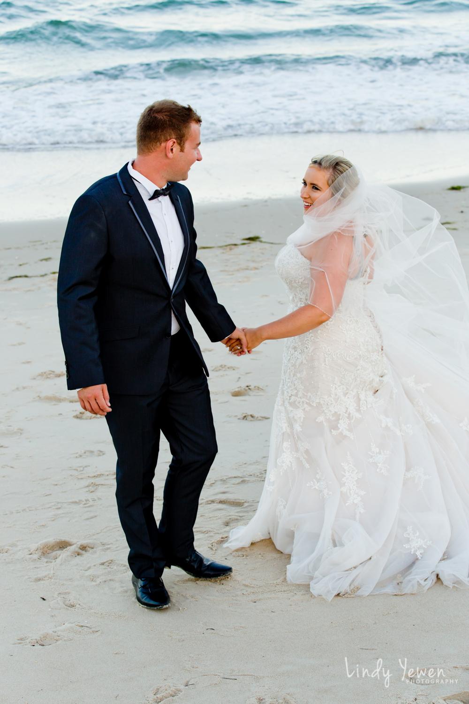 Bribie-Island-wedding-photographer-Chloe-Adam 689.jpg