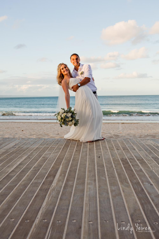 Noosa-wedding-photographers-Libby-Carl 839.jpg