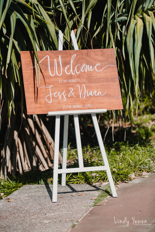 Noosa-Boathouse-Wedding-Jess-Diaan 171.jpg