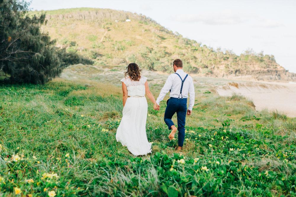 Sunshine-Beach-Wedding-Photographers-Lindy-Yewen 10.jpg