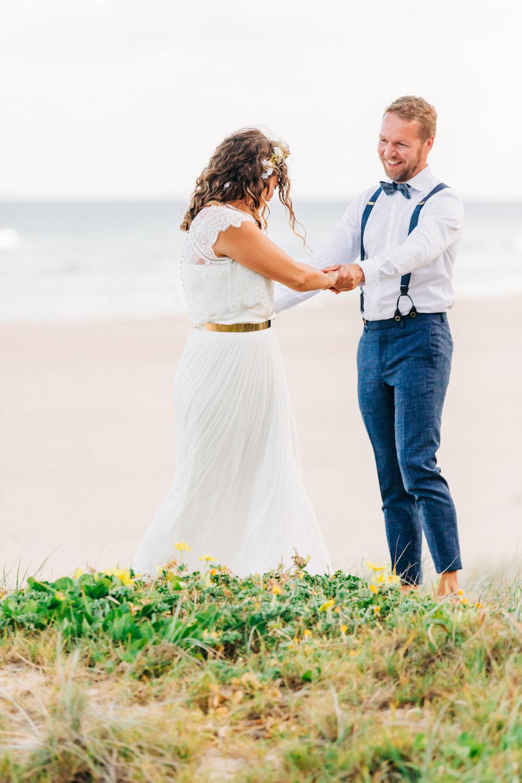 Sunshine-Beach-Wedding-Photographers-Lindy-Yewen 120.jpg