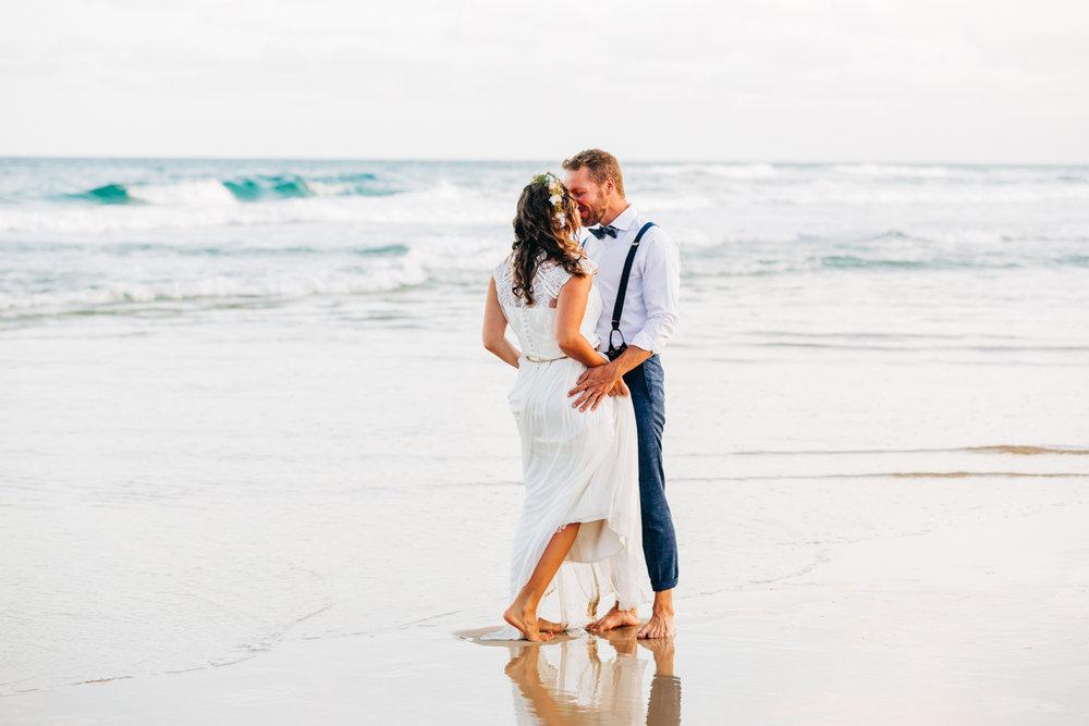 Sunshine-Beach-Wedding-Photographers-Lindy-Yewen 192.jpg