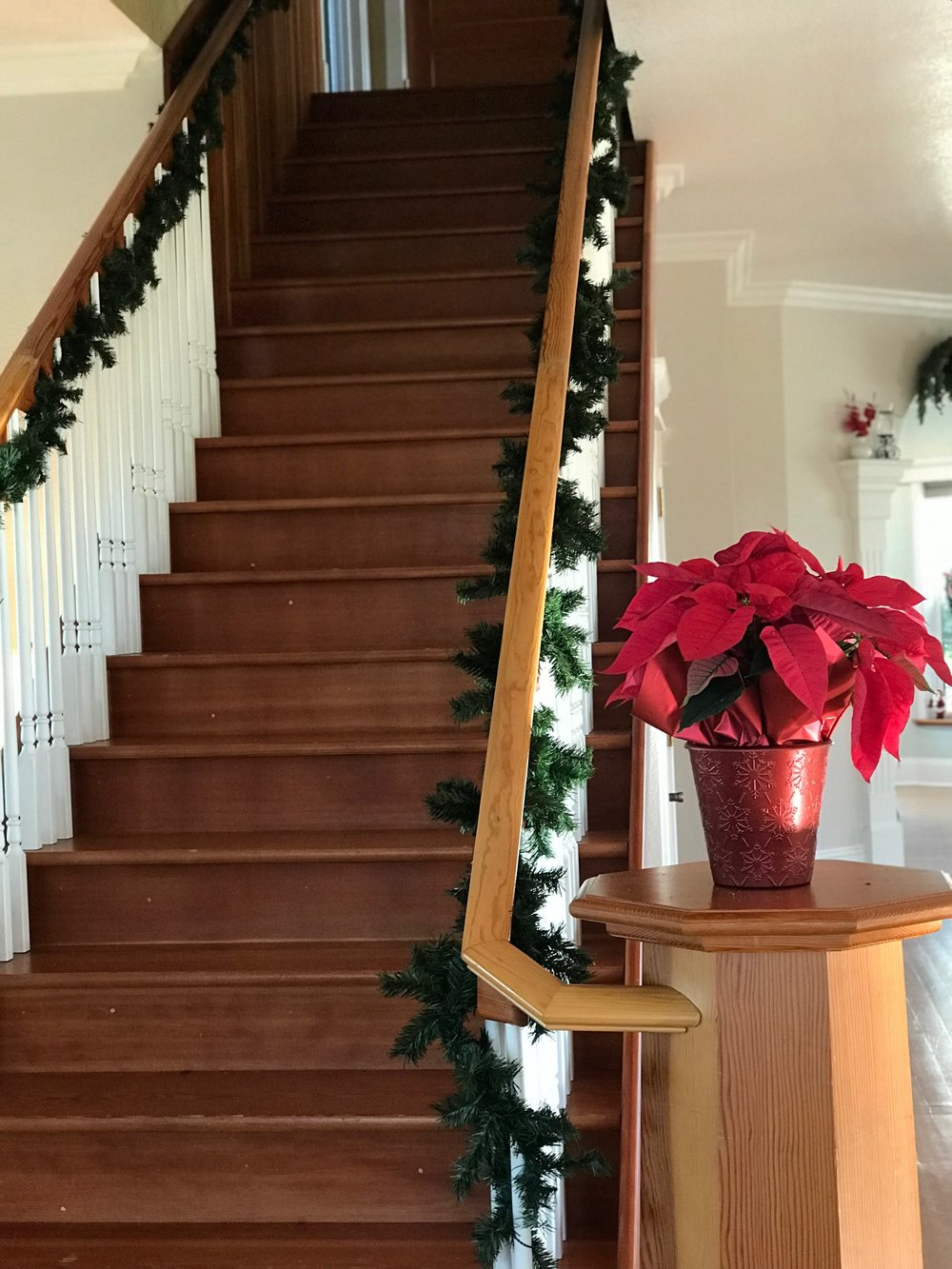 The Farm House. - With the wooden elements, and the beautiful Christmas decor, it's hard not to fall in love with this simple, yet elegant farm house nestled in butte county's rolling hills.