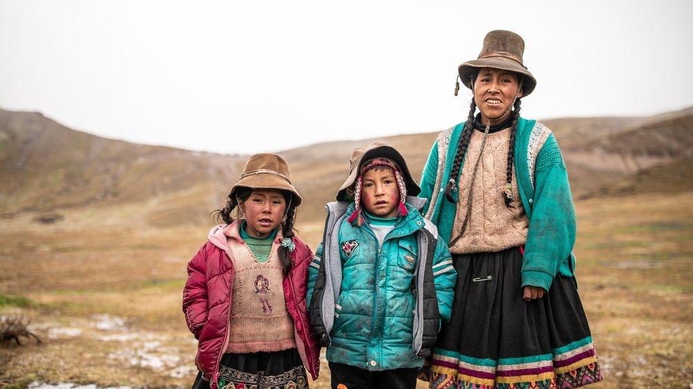 Peru-Group-01.jpg