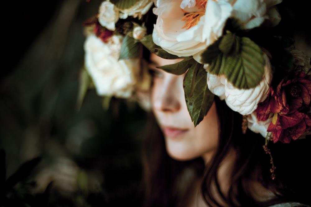Close-up detail shot of brides flower crown.