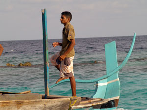 rising-waters,-warmer-climates-are-issues-faced-by-maldivians.jpg