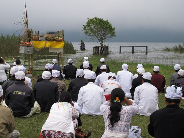 Prayers are often conducted by the holy Lake Bratan in Bali