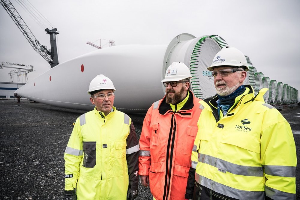 Leif Delp (far left): Hywind would underscore the feasibility of future commercial, utility-scale floating wind farms.