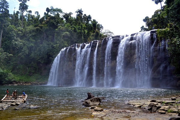 Tinuy-an Falls of Surigao Del Sur at 95m wide and 55m height is claimed to be the biggest waterfall in the Philippines.