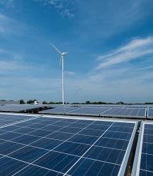 Semakau has Singapore's largest wind turbine providing renewable power. Image courtesy NTU.