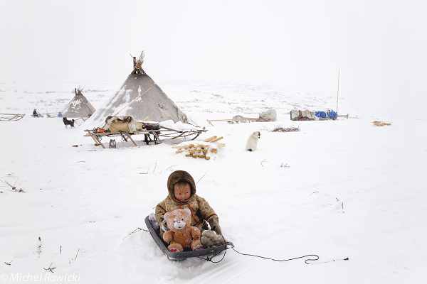 Change is taking place even with the Inuit communities due to the Internet. Photo by Michel Rawicki.