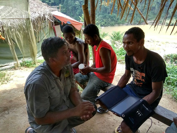 Andrew Sebastian at the KampungKu set up and final test at Kampung Dedari, Sungai Tembeling in West Malaysia