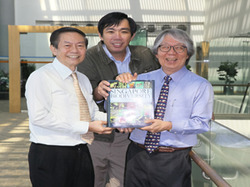 Prof Leo Tan, Chair of the Editorial Advisory Board; Prof Peter Ng, one of the General Editors and Prof Tommy Koh, Ambassador-at-Large and Chief Advisor of the encylopedia.