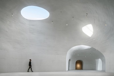 Lighting is dependent on outside brightness, just like a cave system. Courtesy Qingshan Wu and Nan Ni, UCCA.