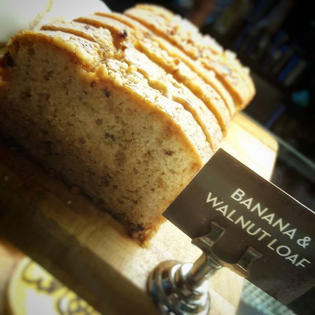You'll go bananas for our banana 🍌 and walnut loaf, you'd be nuts not to try it 😋 #dnisi #cake #bananaandwalnut #yesplease #nevertoearlyforcake #wheresmyslice #goesperfectwithcoffee