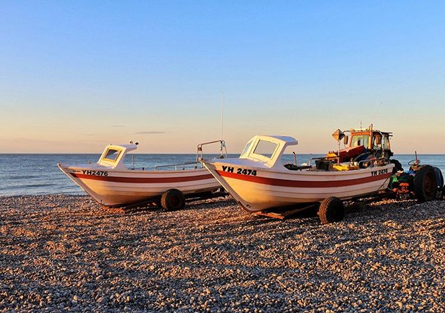 The crab boats are an iconic part of the Cromer seaside. The seaside in England is so different compared to New Zealand . . . #nature #boat #seaside #england #englishseaside #crabboat #canon #adventure #bestoftheday #photooftheday #goldenhour #sunset #photography #photographer #travelphotography #travel #travelgram #traveltheworld #travellers #instagood #igers #ig_uk #igersworldwide #uk #beach #cromer #cromercrabs #inspiration #explore #canonuk