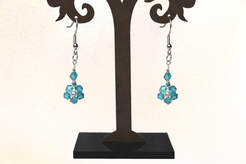 eleanore flower earrings.jpg
