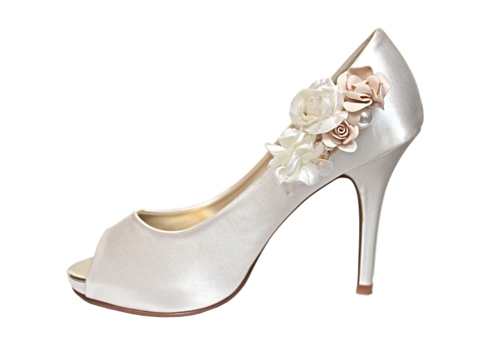 bianca bridal shoe clip on shoe.jpg