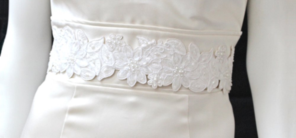 gomesia bridal sash.jpg