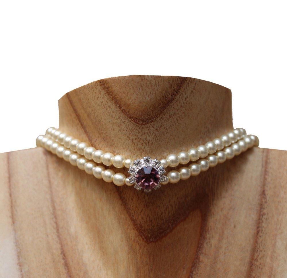 pearl choker necklace.jpg
