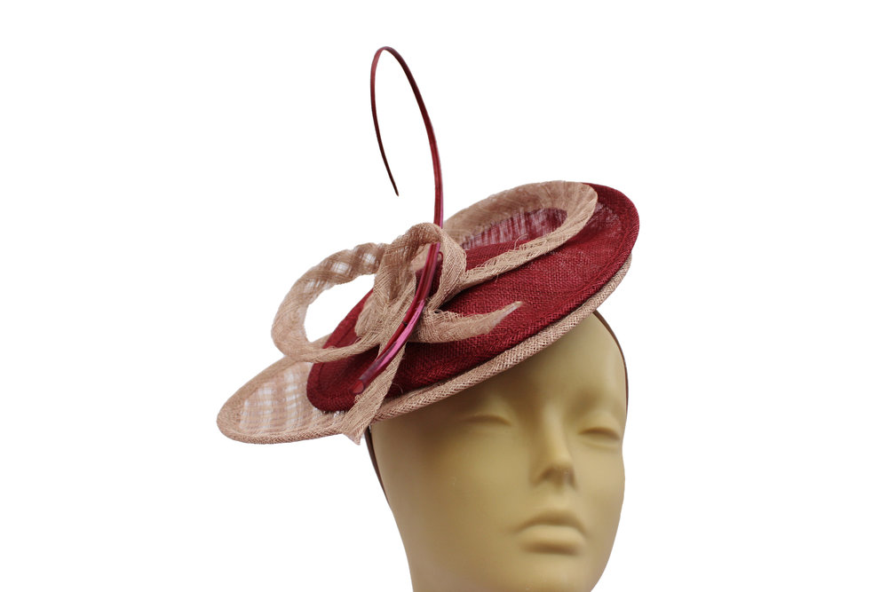 oyster and red disc fascinator.jpg