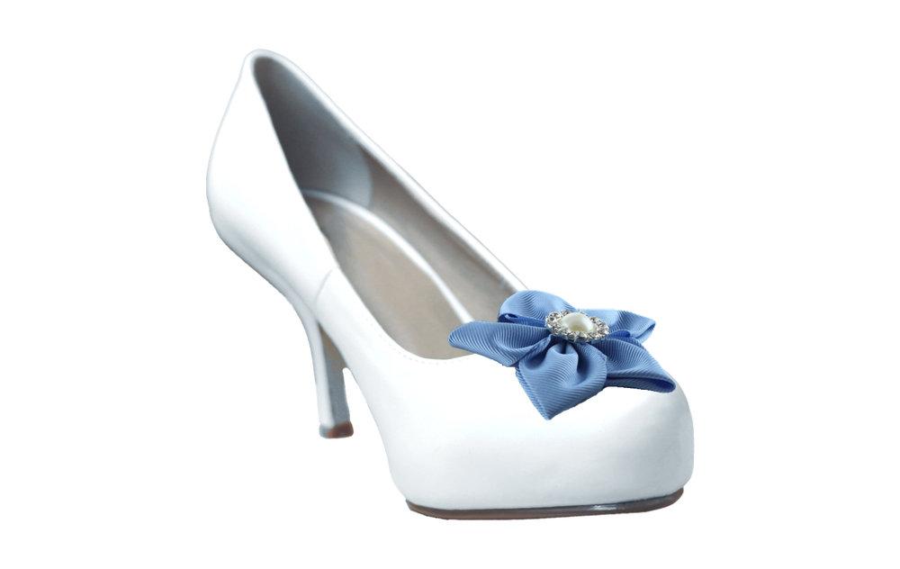 fyfa grosgrain shoe flower on white shoe.jpg