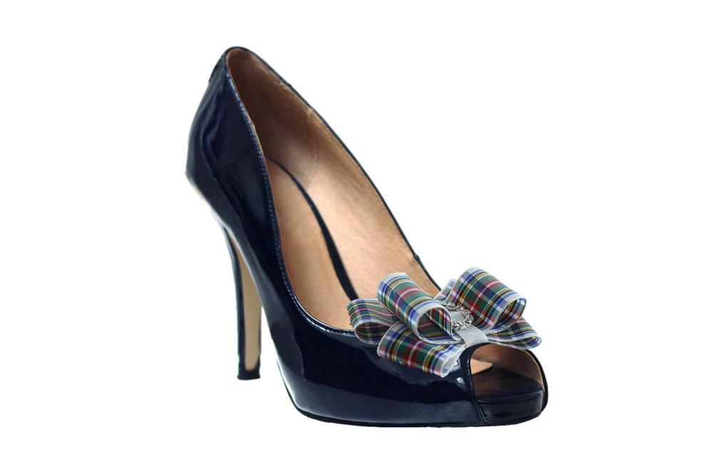 dress stewart tartan shoe bow on shoe.jpg