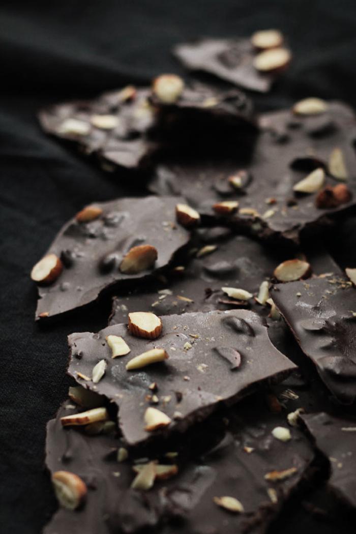 coffeealmondchocolatebark_1