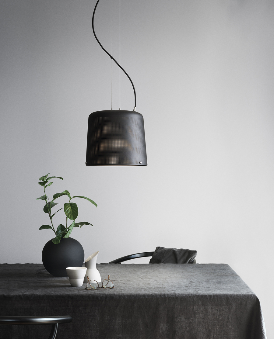 Vipp526-Pendant-Living01-Low