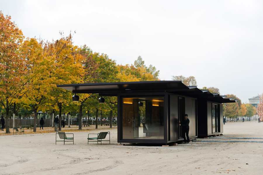 Kiosques-Emerige-Studio-Bouroullec-Paris-France-aprilandmay-2