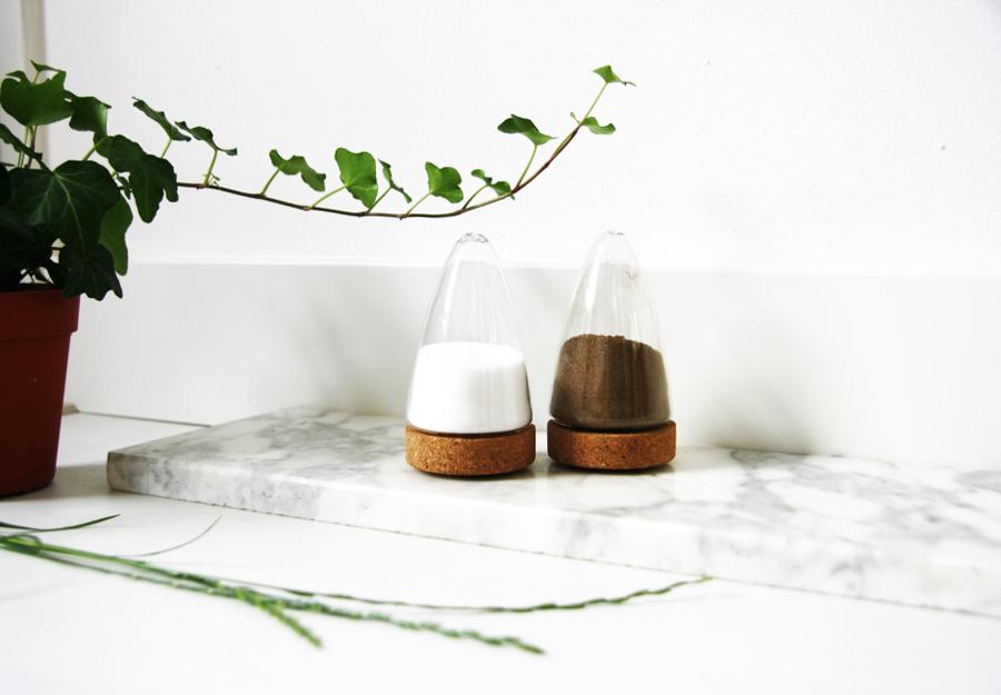 Boeien-Cork-Glass-Salt-Pepper-Set1-940x653