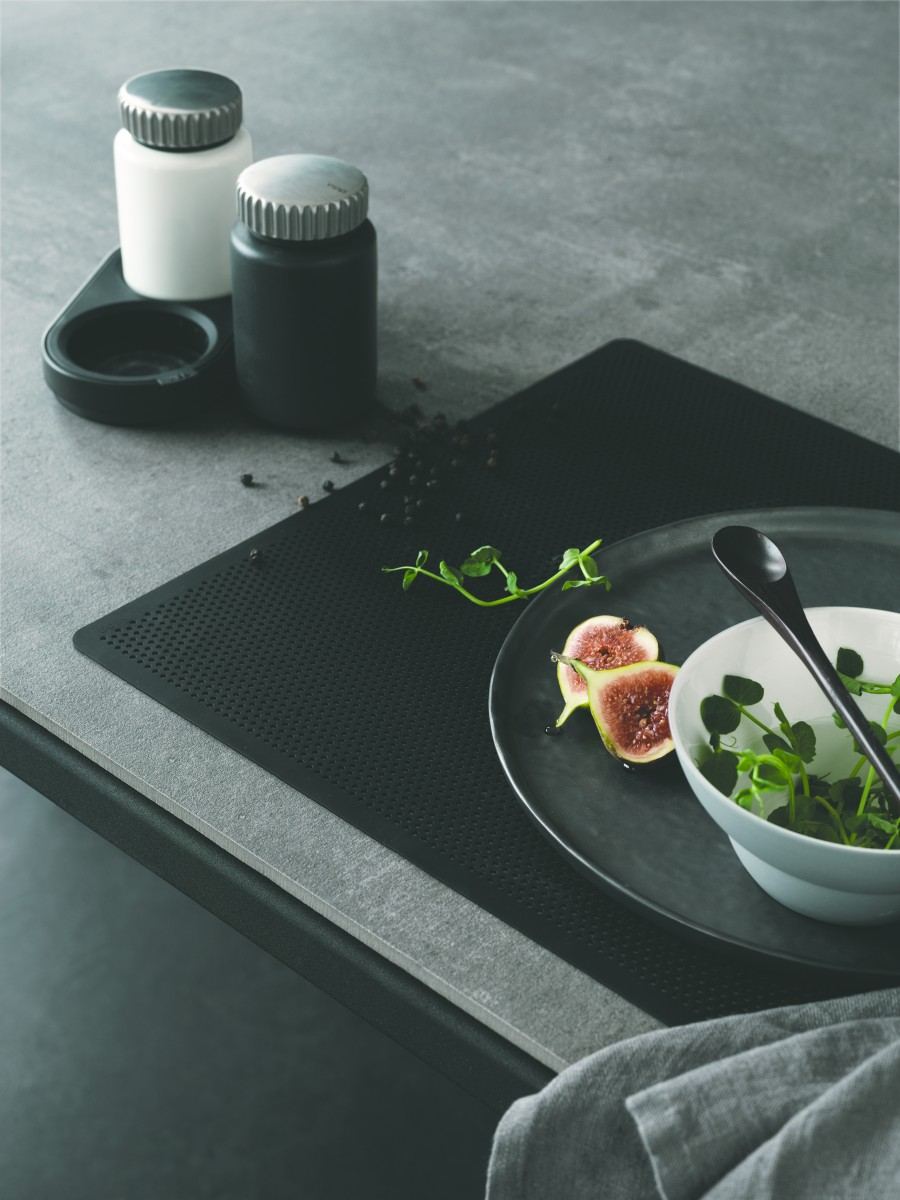 Vipp130_Placemat_Living02_High