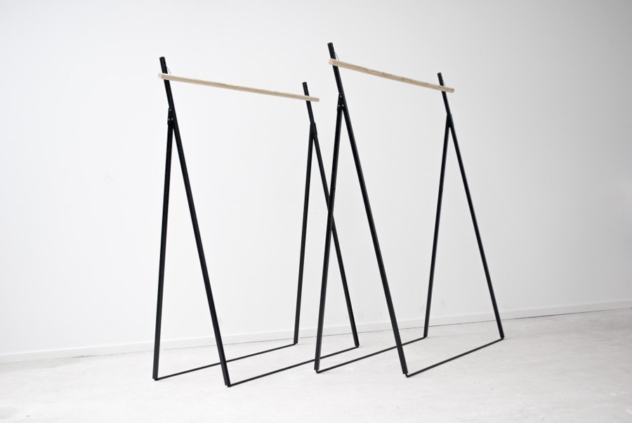 Yaco-Clothing-Rack-2